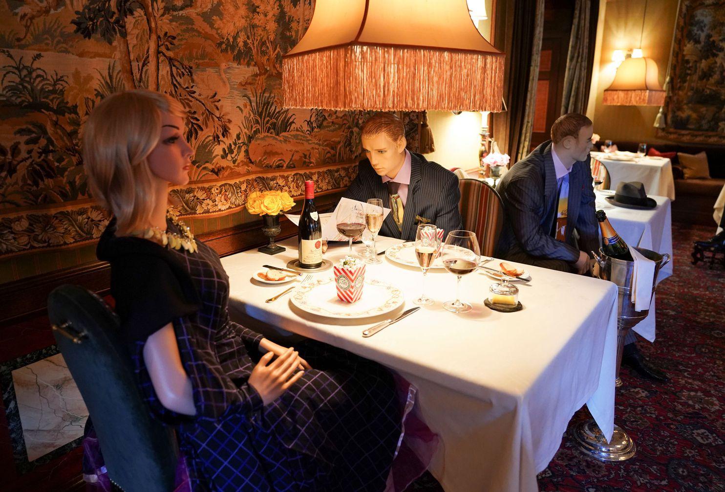 Creative Ways Restaurants Are Enforcing Social Distancing